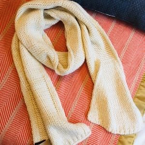 White and Gold knit scarf